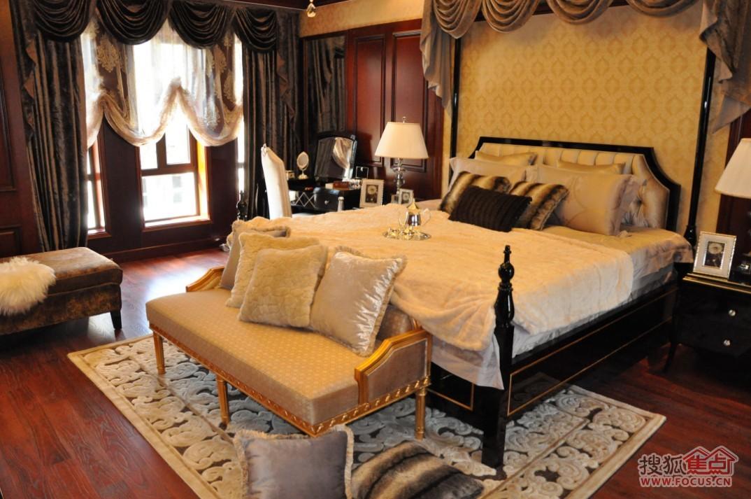 圣联香御公馆别墅样板房卧室