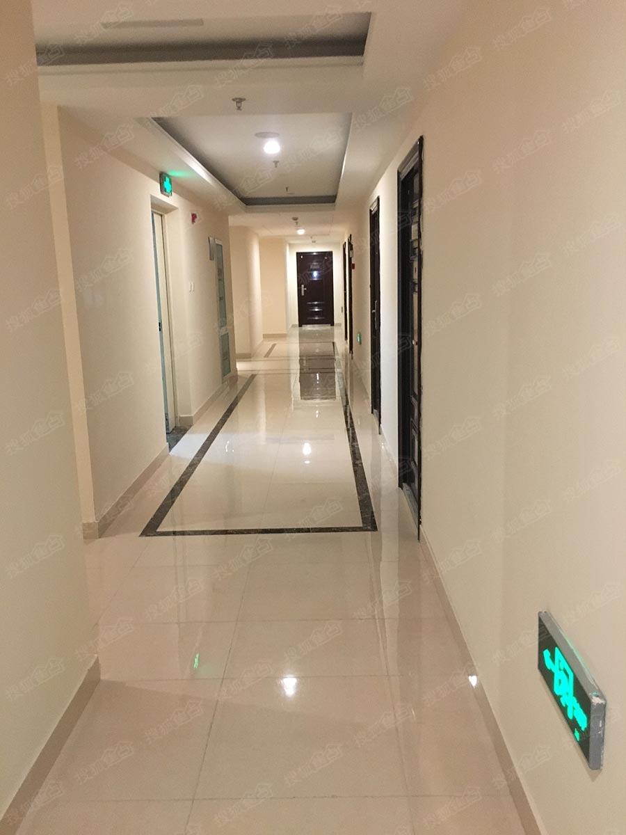 万达·青岛东方影都实景图-公寓走廊