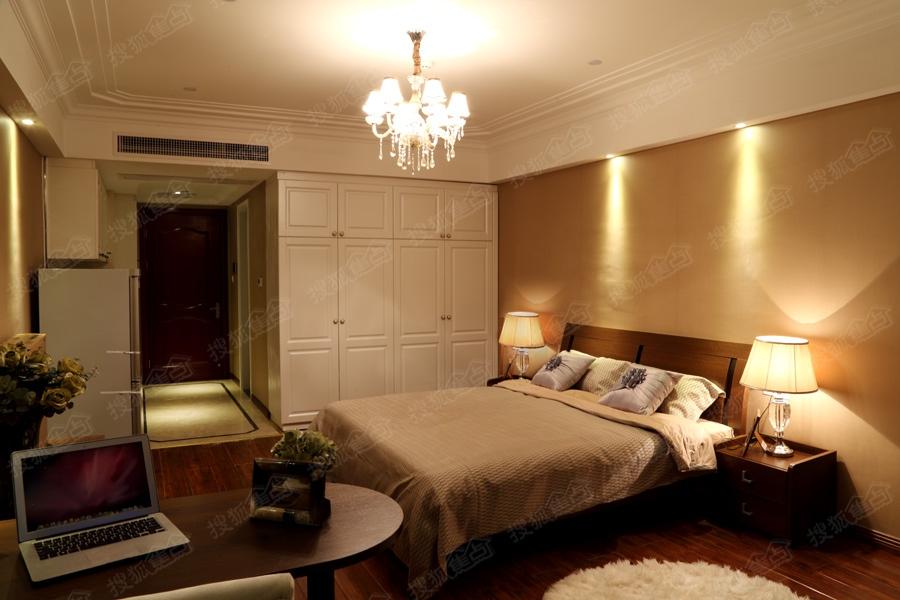 绍兴颐高广场场55方单身公寓精装样板房