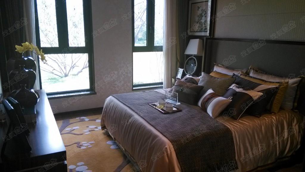 半湾半岛平墅180平米户型样板间卧室